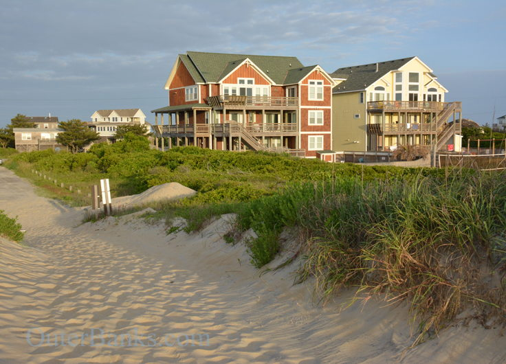 Homes along the beach in South Nags Head