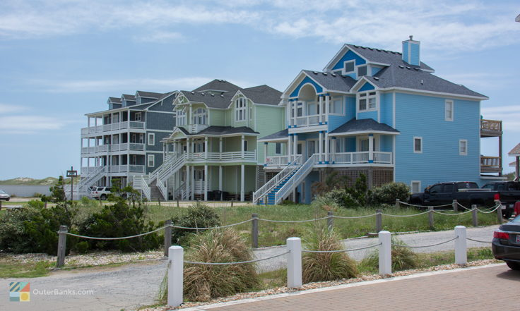 Oceanfront homes in Buxton