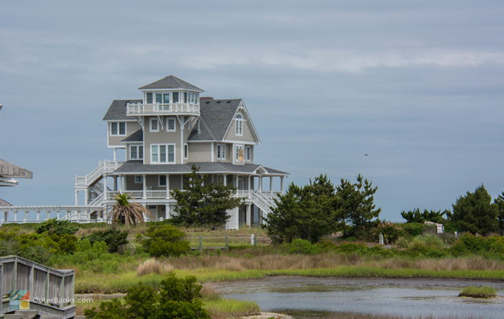 A soundfront home in Hatteras