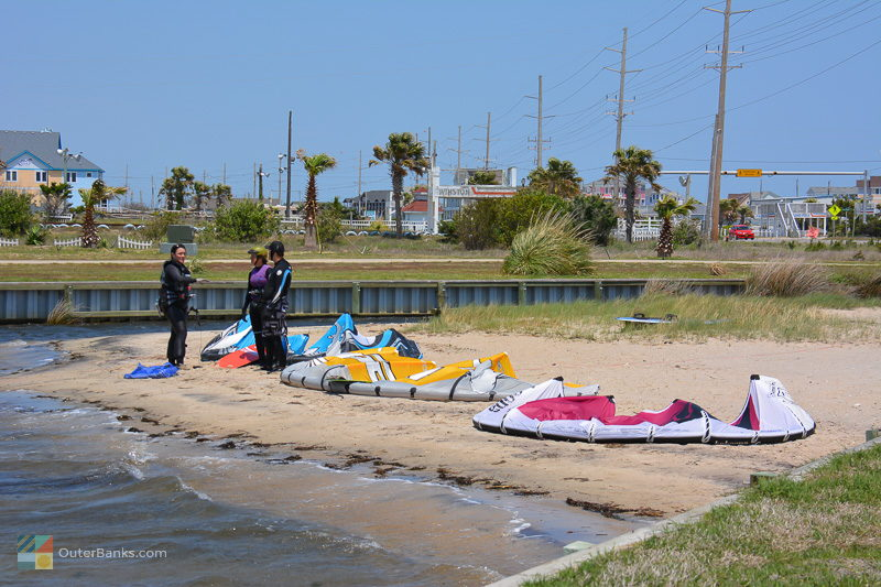 Kiteboarding lessons in Waves, NC