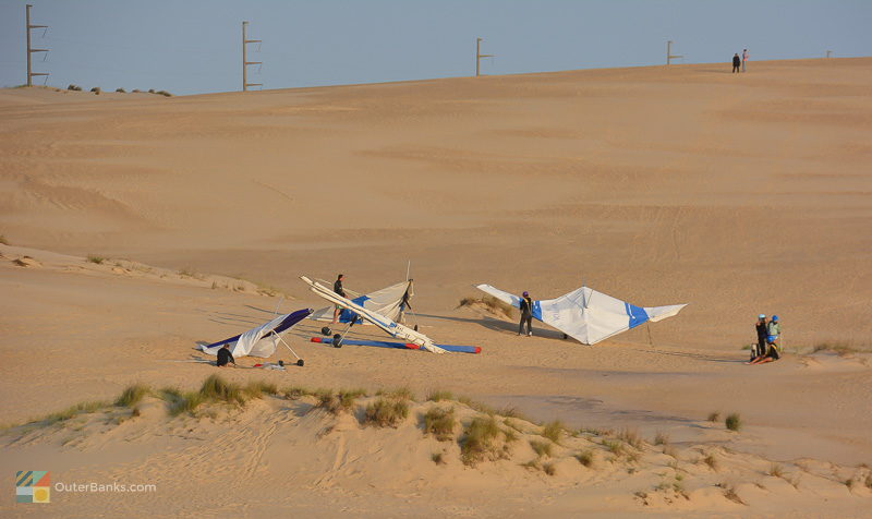 Hang gliders at Jockey's Ridge