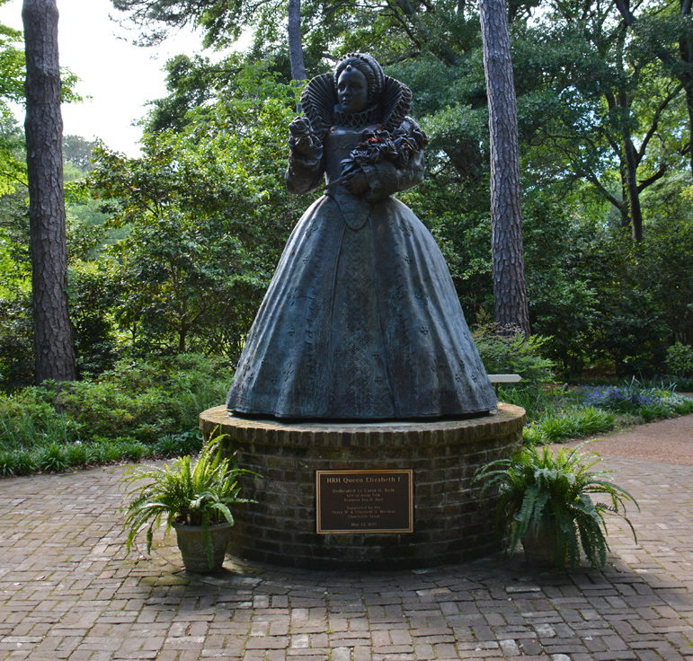Virginia Dare statue in Elizabethan Gardens