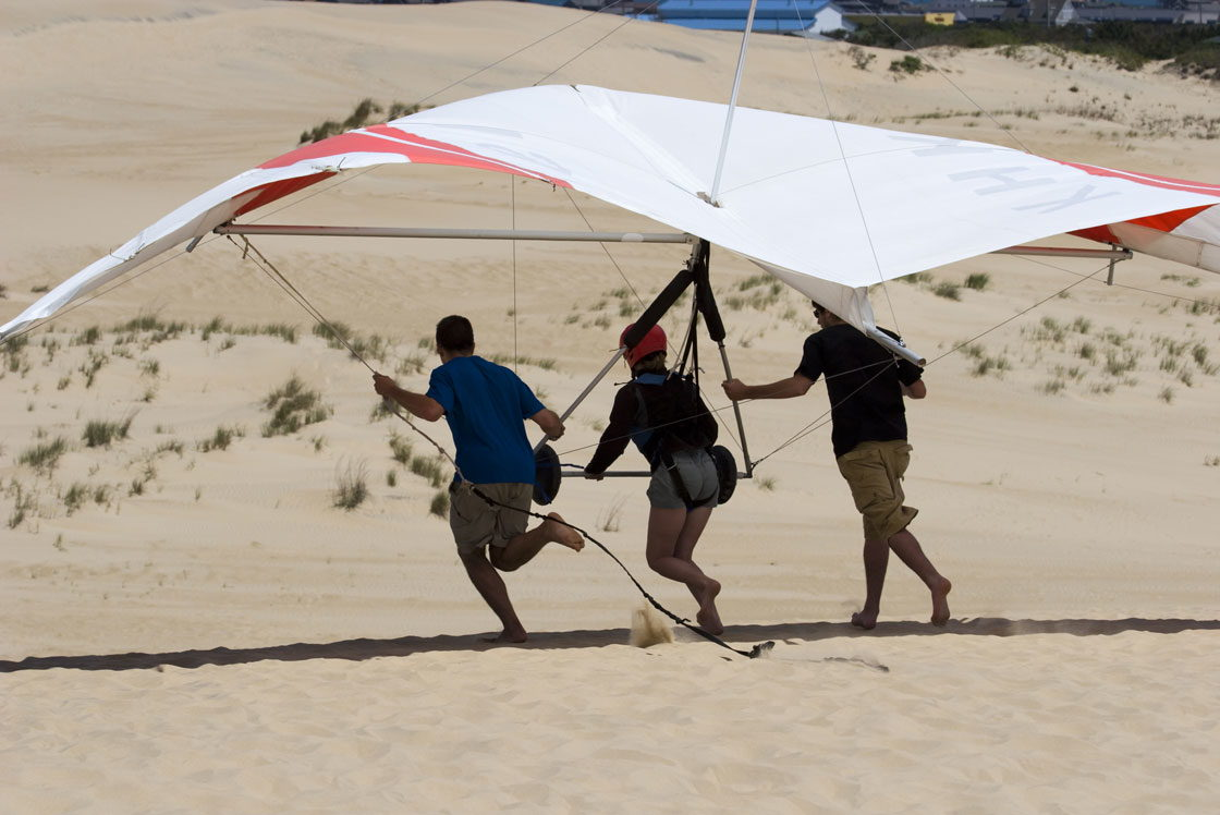 Hang Gliding - OuterBanks.com