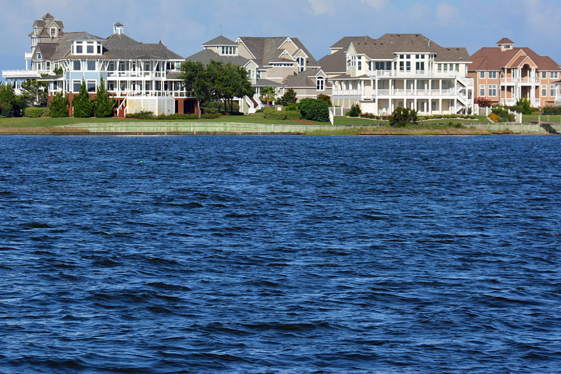 Soundfront Vacation Rentals - OuterBanks.com