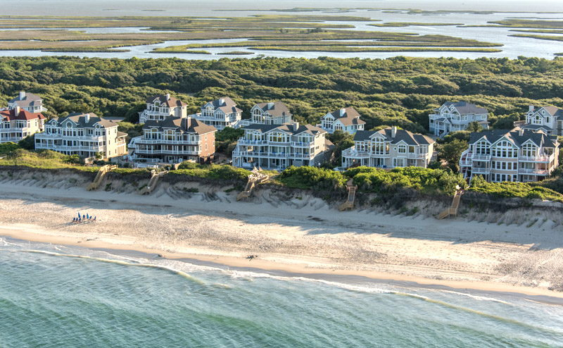 Large rental homes in Corolla, NC